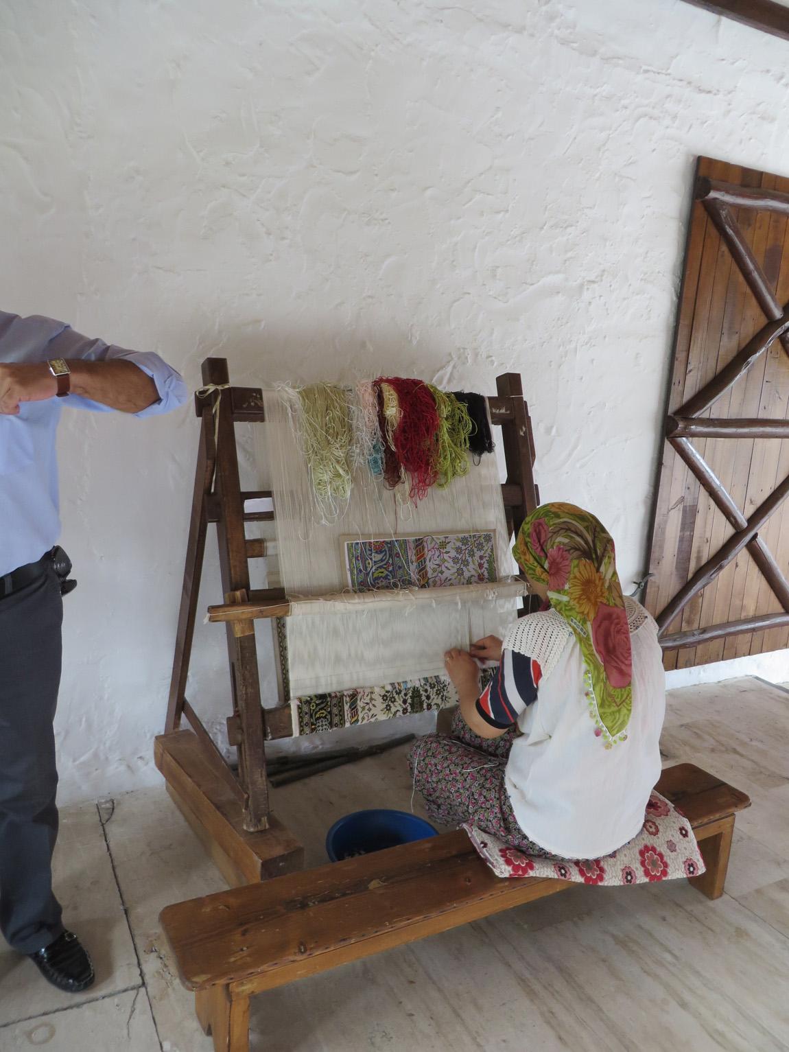 weaving rugs
