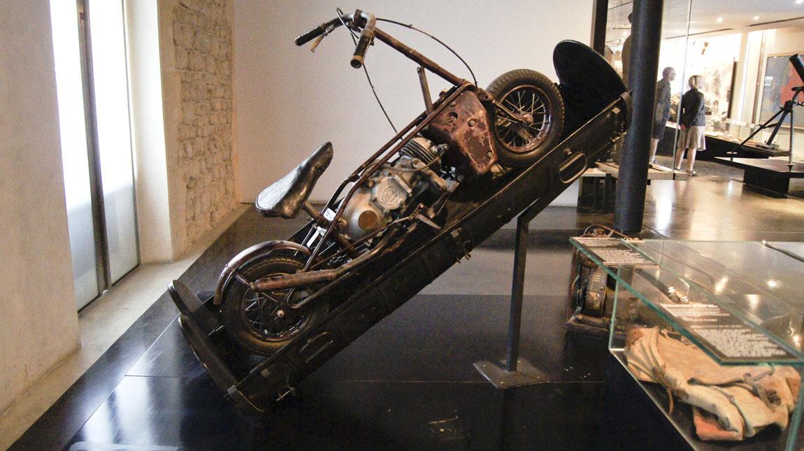 20151014-motorcycle-68psb.jpg