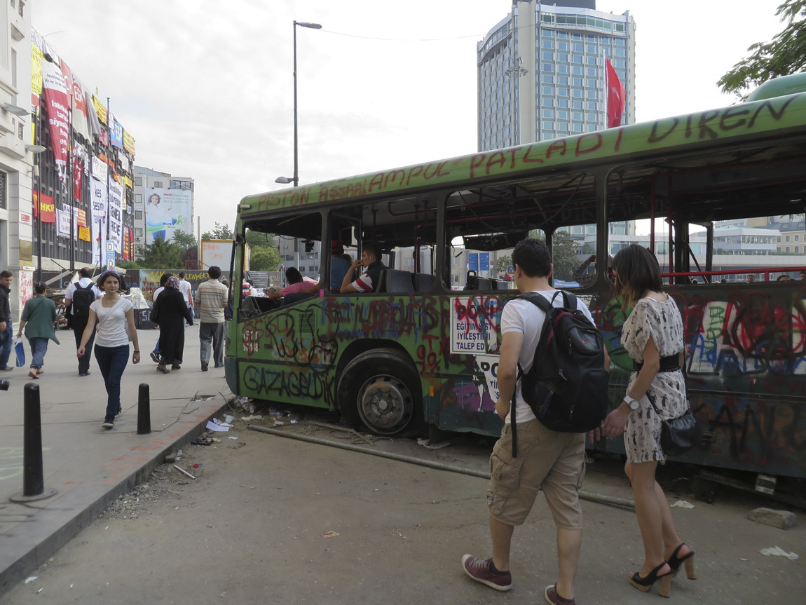 Taksim Square bus